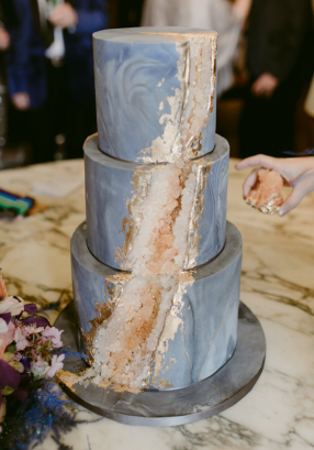 Citrine and Pale Navy geode wedding cake 2018 Susie